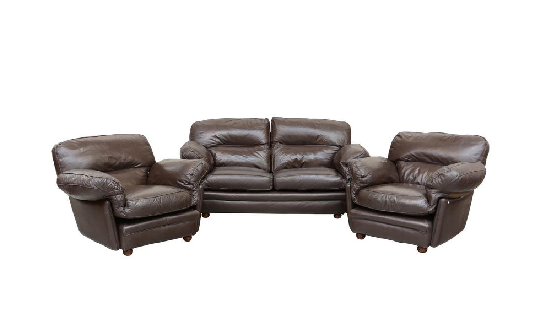 Fornitura da salotto composta da divano a due posti e