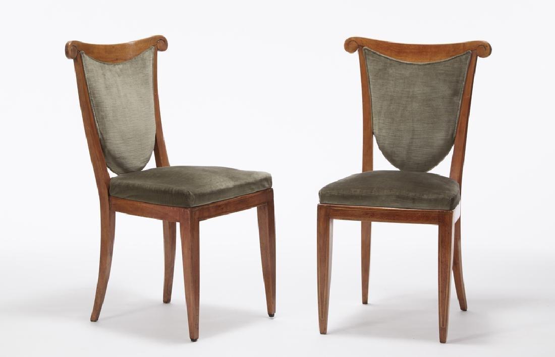 Coppia di sedie in faggio ascrivibile alla cerchia di