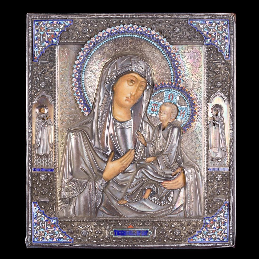 Icona raffigurante Madonna di Tikhvinskaya con riza in