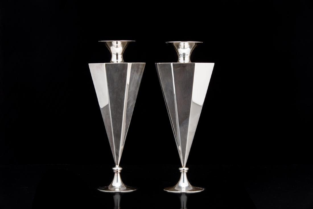 Coppia di vasi in argento (925/1000) della collezione