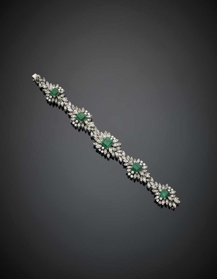 Round diamond and carré emerald white gold floral