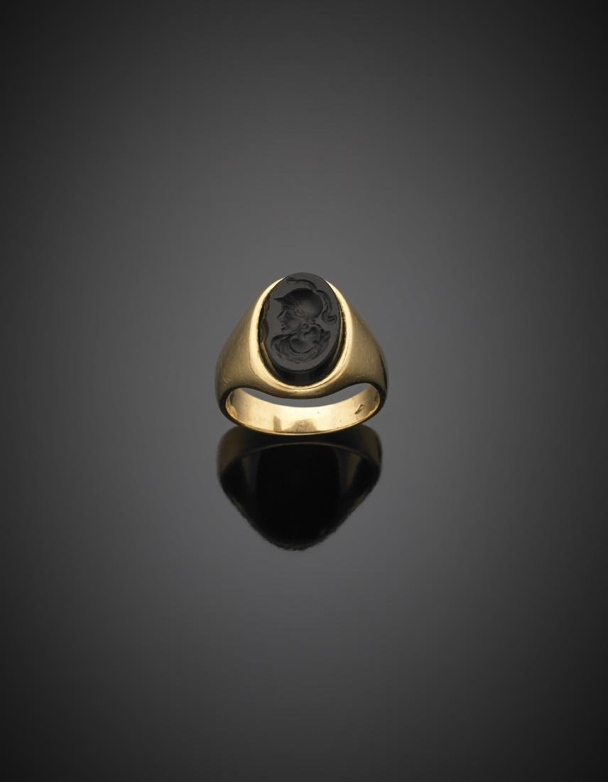 Carven onyx red gold ring, g 11.85 size 22/62.Anello in