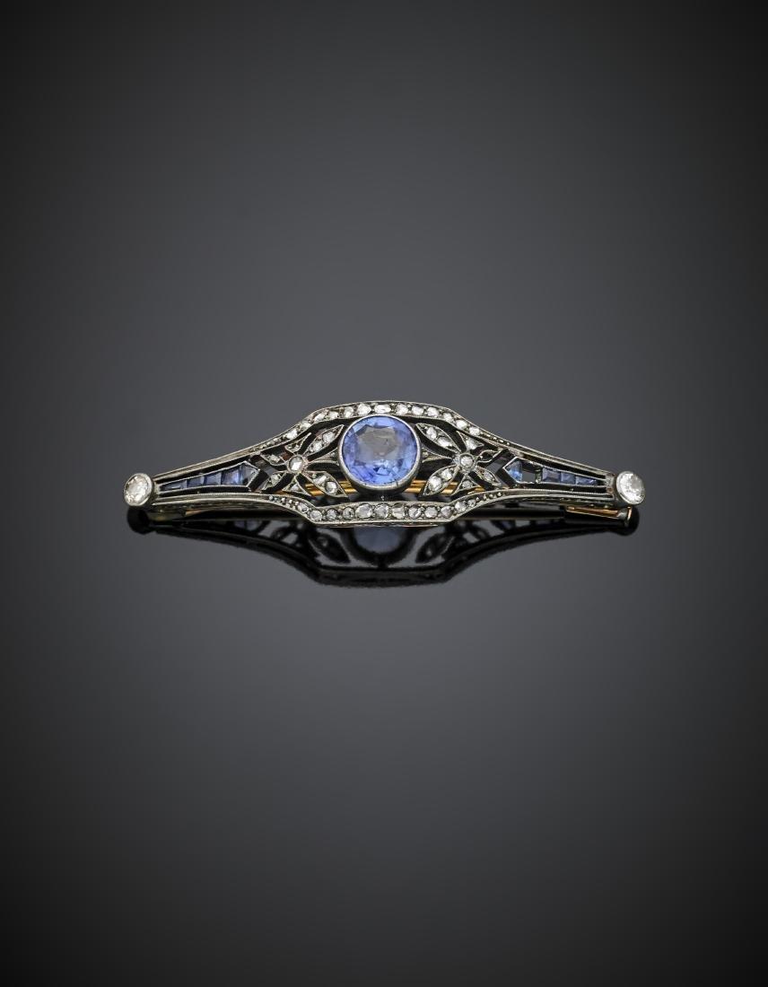 cr1 sapphire, calibré sapphire and rose cut diamond