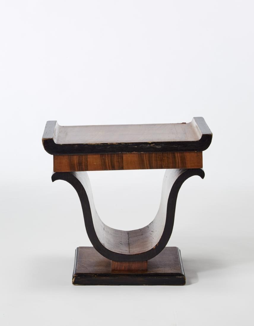Veneered wood stool. Italy, 1930s. (46x42x30 cm.)
