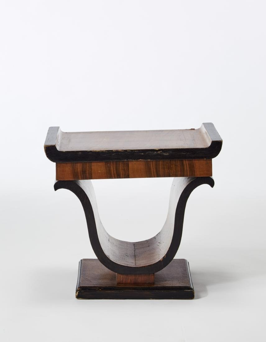 Veneered wood stool. Italy, 1930s. (46x42x30 cm.)
