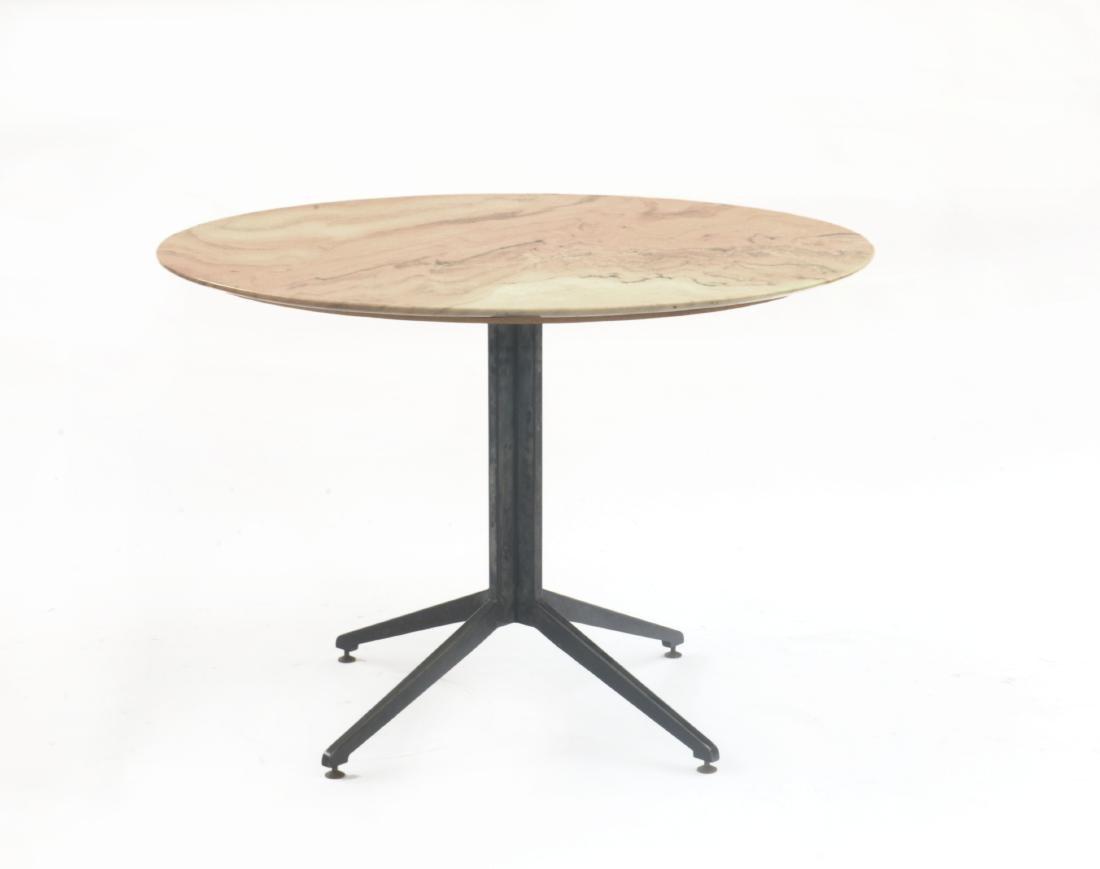 Tavolo tondo con struttura in acciaio verniciato nero,