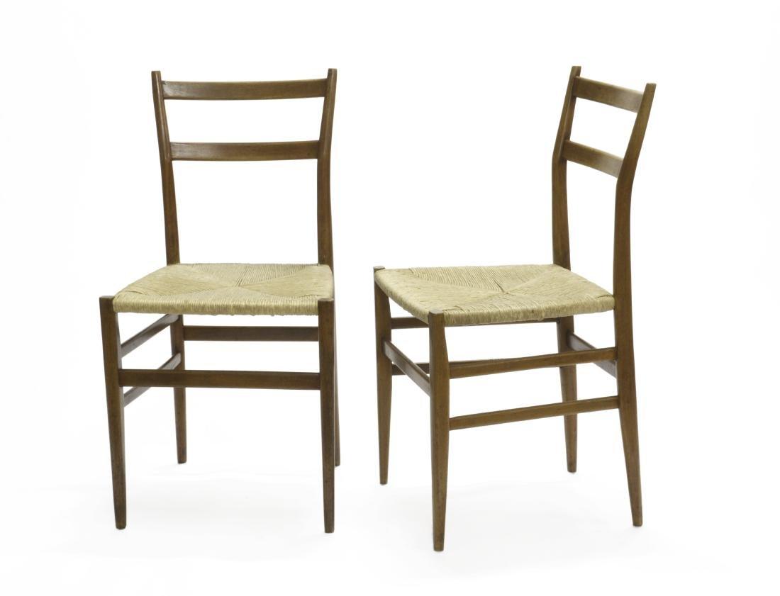 Coppia di sedie in legno di frassino con seduta