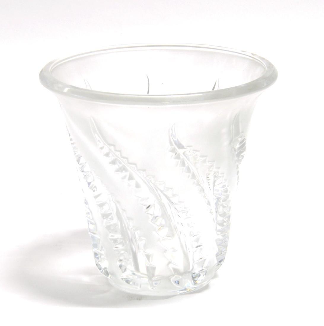 Lalique Vaso troncoconico a bocca svasata in vetro