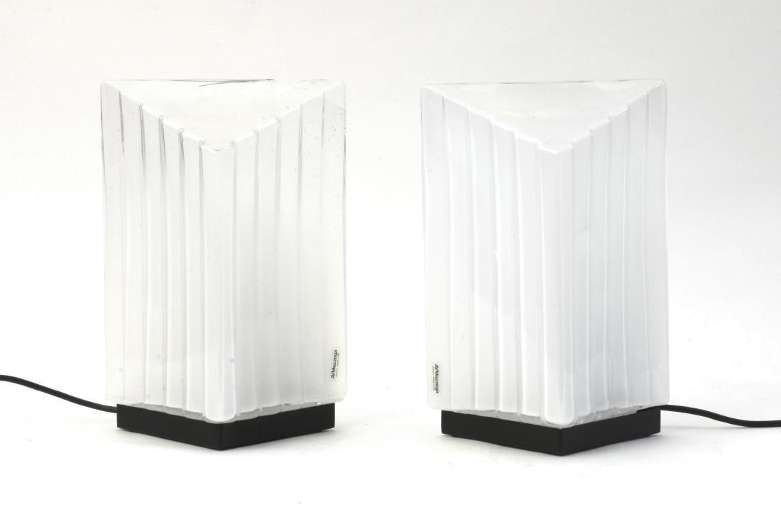 Mazzega Coppia di plafoniere in vetro. (cm 21,5x30)