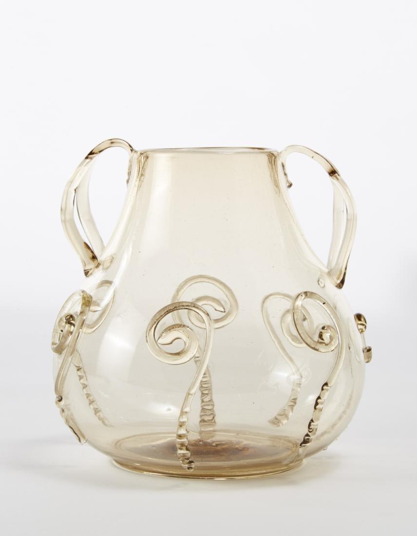 Manifattura di Murano Vaso bulbiforme biansato in vetro