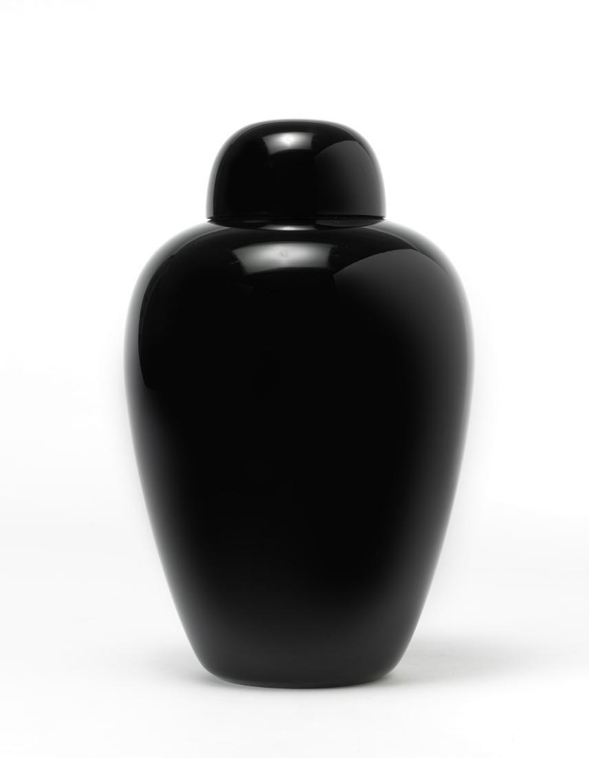 Tobia Scarpa (Venezia 1935)Vaso con coperchio della