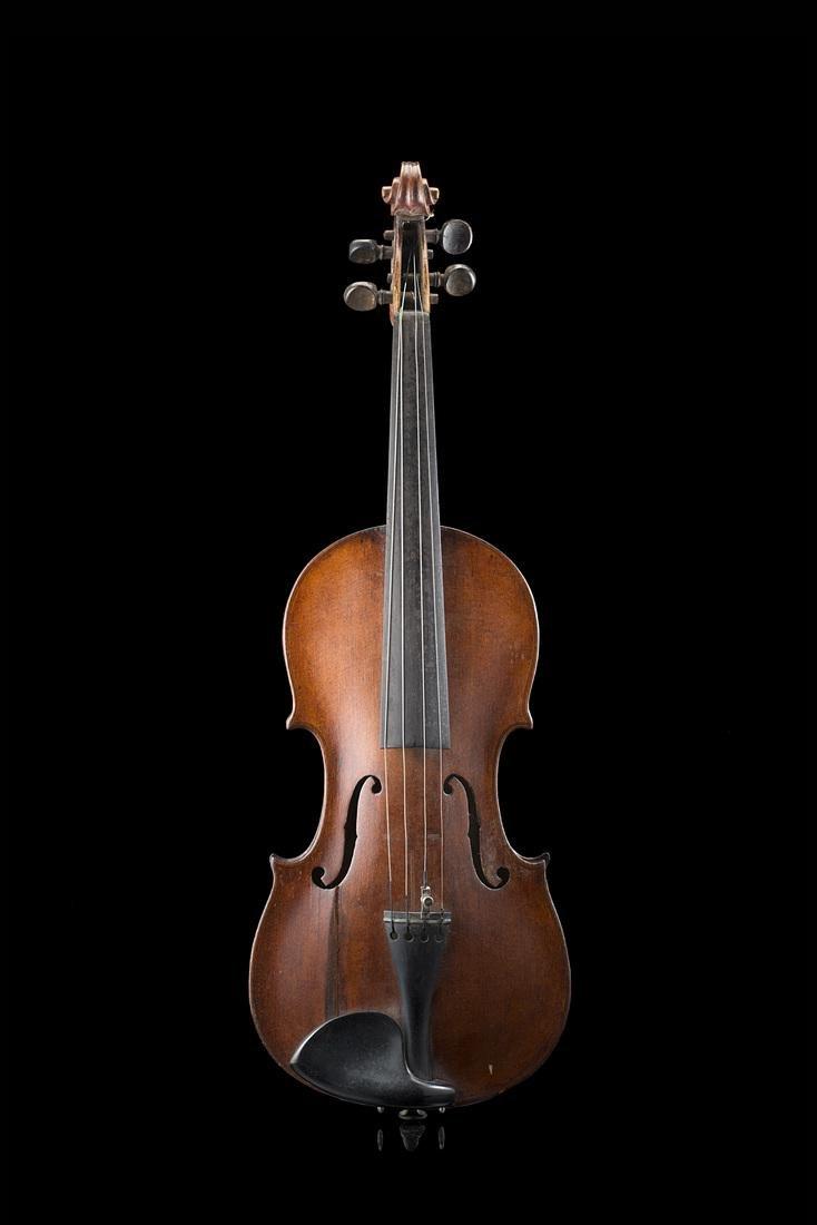Violin of Markneukirchen school, 1930s-1940s ca.