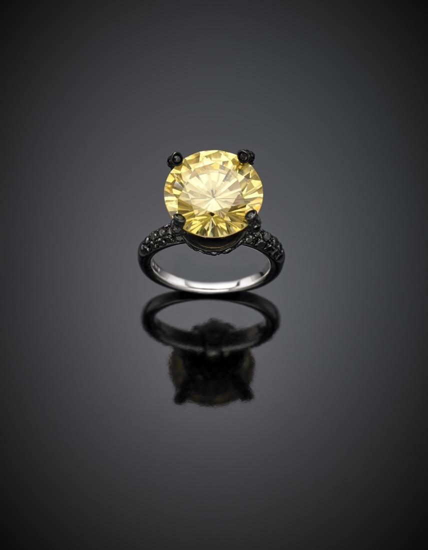 *DI GREGORIO White and black gold ring with yellow gem - 2