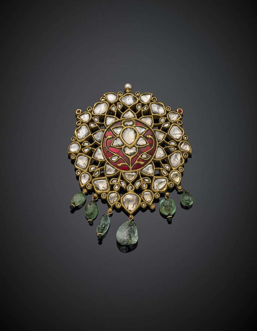 Yellow gold flat kundan set diamond enamel pendant - 2