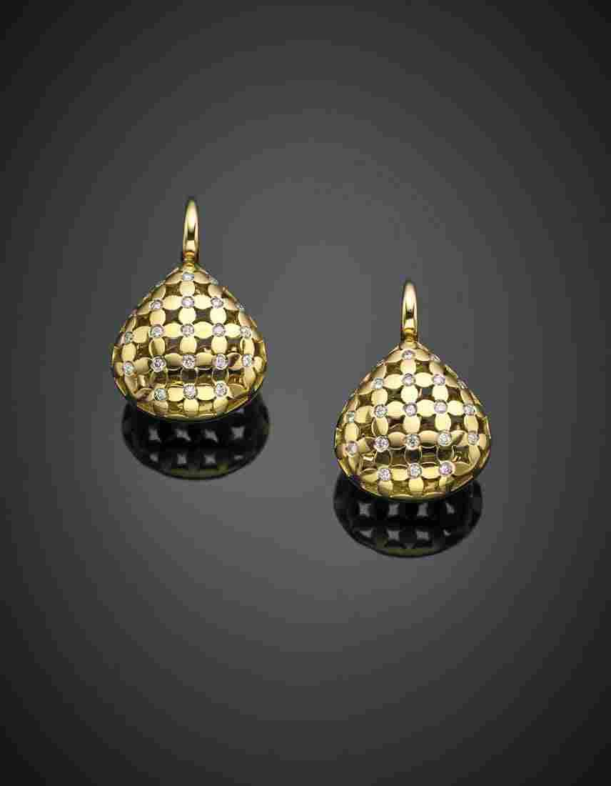 Yellow gold and diamond openwork pendant earrings, g 15