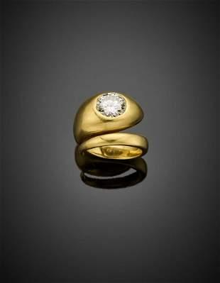 Round brilliant cut ct. 2 circa diamond yellow gold