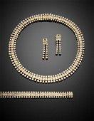 Round and radiant cut diamond yellow gold jewellery set