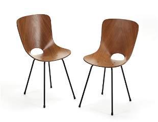 """Vittorio Nobili (1935) Pair of chairs model """"Medea""""."""