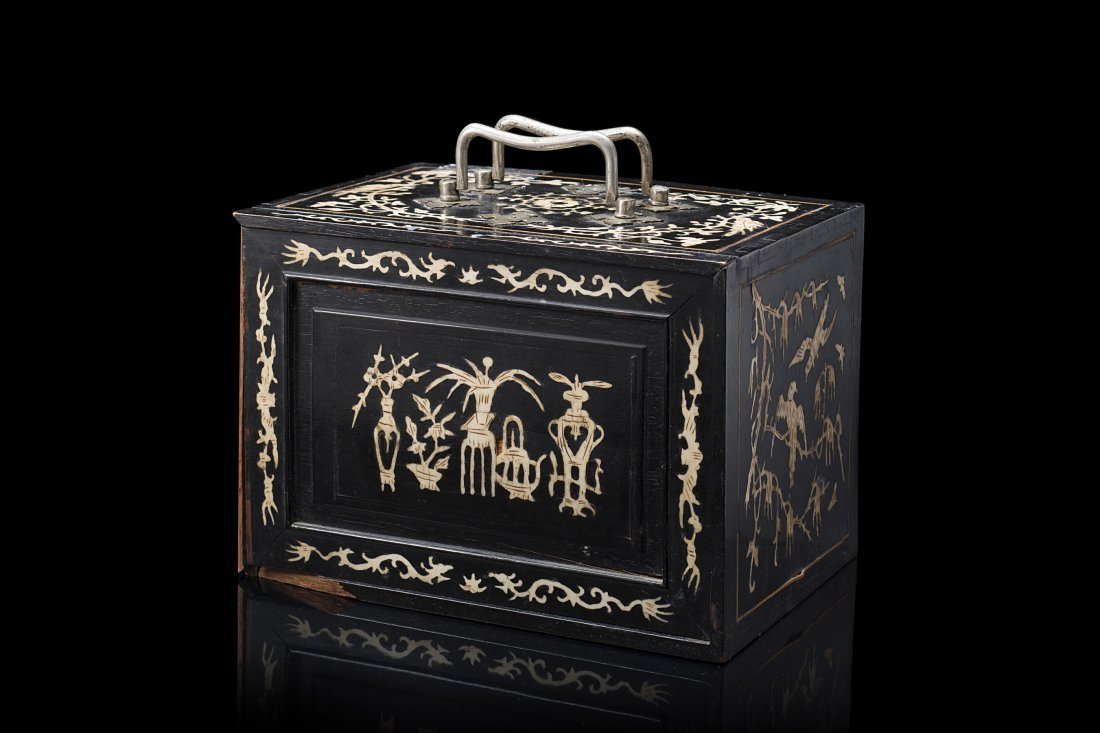 A mahjong lacquered wood box with insert