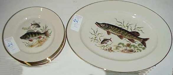 1024: Seven pc Bavarian transfer decorated fish set, 6