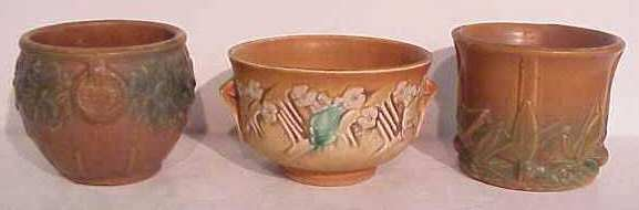 """1026A: Roseville Pottery bowl 3 3/4""""h and 2 Weller or"""