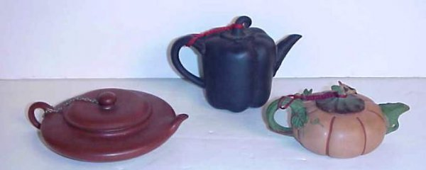 "3006: 3 Chinese teapots, 2"" - 3 1/2""h"
