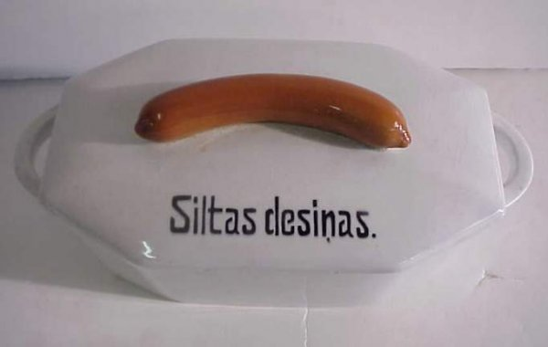 "1: Latvian covered sausage dish ""Siltas desinas"", 5  1/"