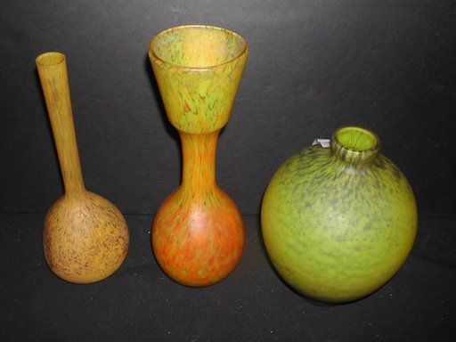 2013A: 3 yellow art glass vases, ex Christies,