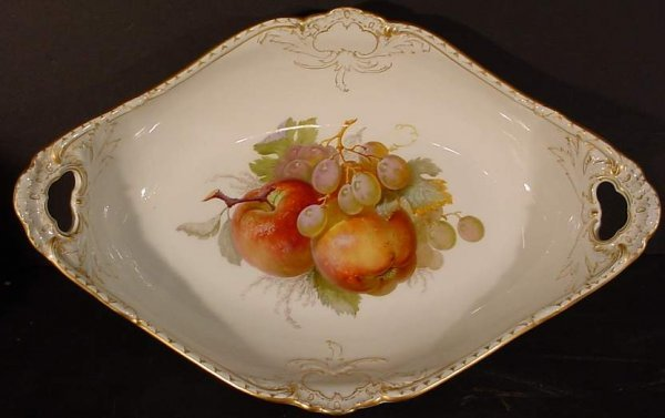 "23: 19/20thc KPM porcelain oval fruit bowl, 15"" x 9  1/"