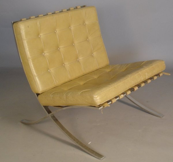 21: Mies van der Rohe / Knoll Barcelona Chair leather