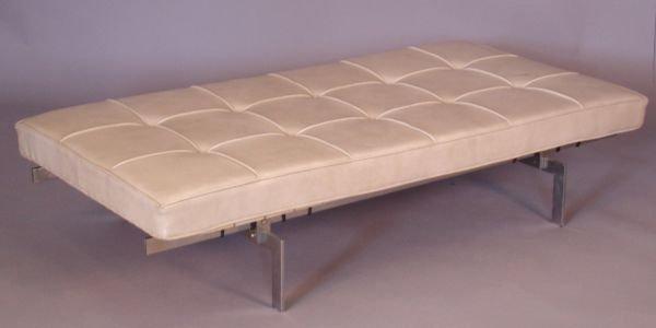 258: Poul Kjaerholm style bench with vinyl cushion, chr