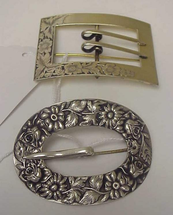 1032: Sterling silver repousse buckle brooch, marked  s