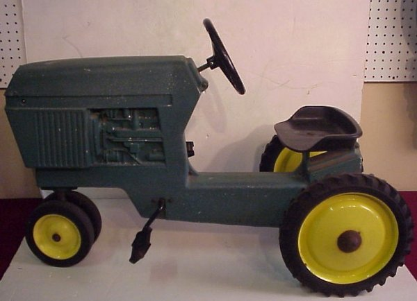"1: Vintage Ertl toy tractor, cast aluminum, 25""h  overa"
