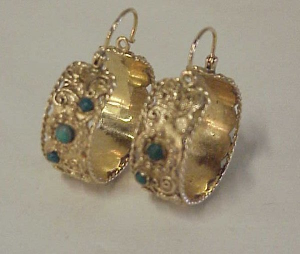 18: 14k hoop earrings with turquoise 8.6 dwt