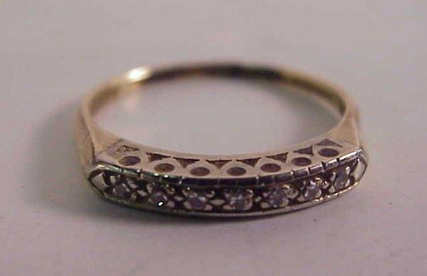 3016: 14k gold and diamond ring, .20 ctw diamond, 1.3