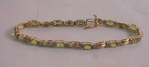 3029: 14k gold, semi precious stone and diamond  bracel