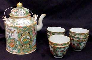 CHINESE TEAPOT AND SIX CUPS, ROSE MEDALLION, ONE
