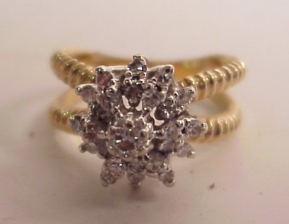18A: 14k diamond cluster ring