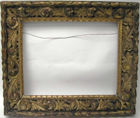 1009: Carved 17th/ 18th Century picture frame Baroque,