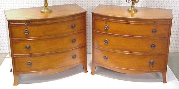 4139: Pair Baker mahogany 3 drawer chests with pull out