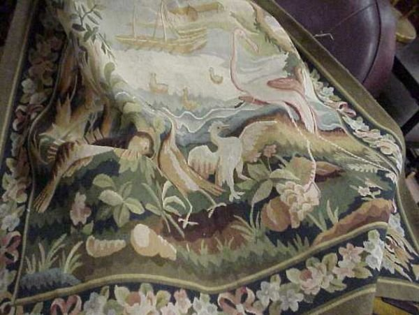 """3032A: TAPESTRY RUG/ HANGING, BIRDS 4'2"""" X 6'2"""""""