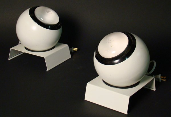 9: Kovacs,pair of accent lights , color sprayed  metal