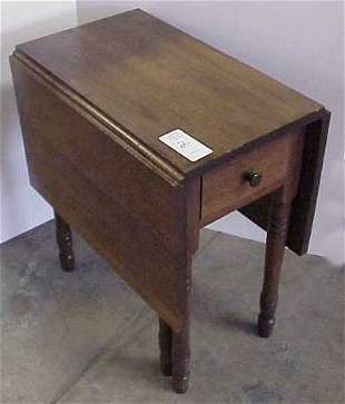 CHILD'S DROPLEAF TABLE, MID 20THC