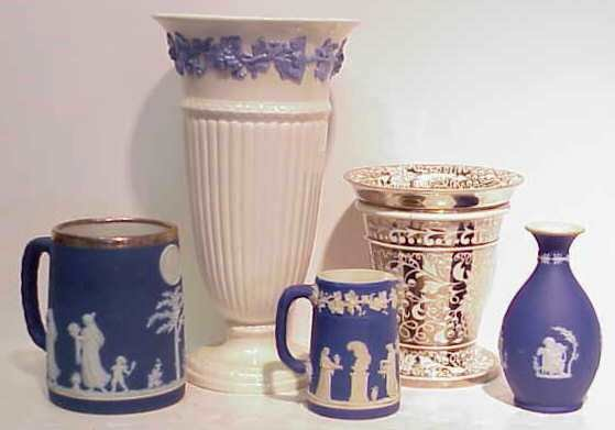"1026A: 6 PCS WEDGEWOOD: SILVER LUSTRE VASE (6""H MINOR S"