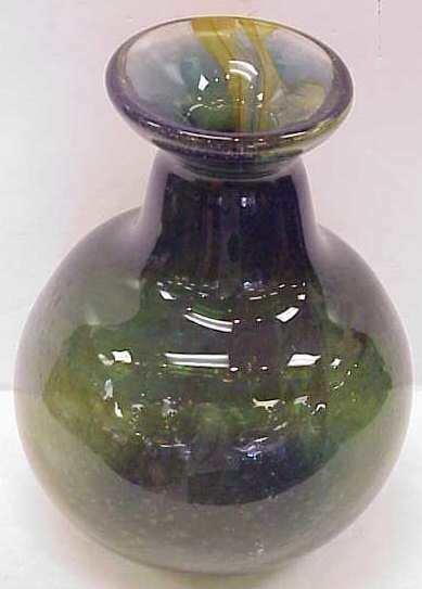 1017: ART GLASS VASE, SIGNED BRAMHALL 6/17/73