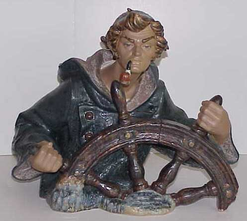 31: LARGE LLADRO BUST OF A FISHERMAN SMOKING A PIPE AND