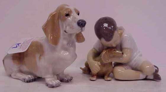 "2019: DANISH PORCELAIN HOUND DOG 4 1/2""X 6 1/2"" AND GER"