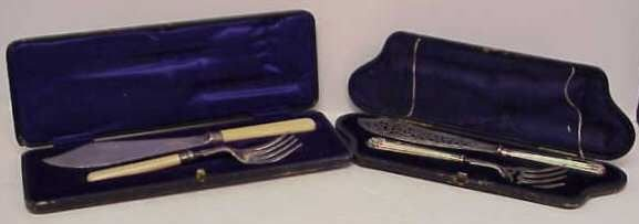 2021A: 2 SETS OF SHEFFIELD SILVER FISH SERVERS