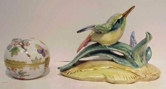 2011: HEREND ROUND PORCELAIN BOX & STANGL BIRD FIGURE