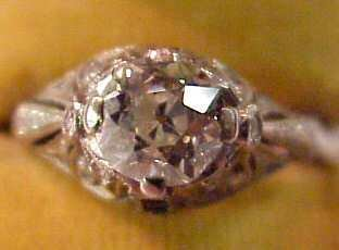 139: ART DECO PLATINUM AND DIAMOND ENGAGEMENT RING WITH